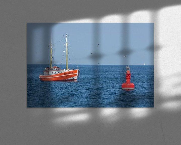 Beispiel: Warnemuende : Fischkutter in der Ostsee mit Boje von Torsten Krüger