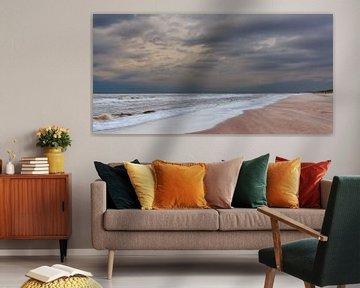 Panorama donkere wolken over het strand van Remco Bosshard