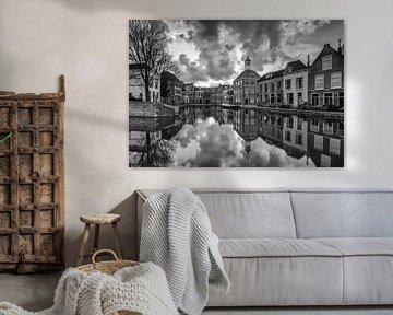 Zakkendragershuisje in Schiedam van Ilya Korzelius