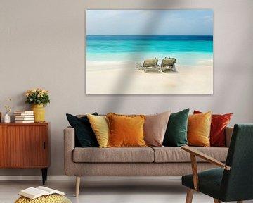enjoying the beach van Hannes Cmarits
