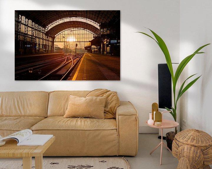 Sfeerimpressie: Zonsondergang station Haarlem van Anton de Zeeuw
