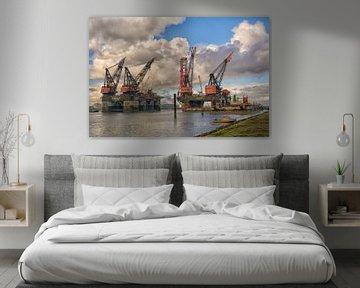Heerema Schwestern in Rotterdam Hafen von Dick Kattestaart