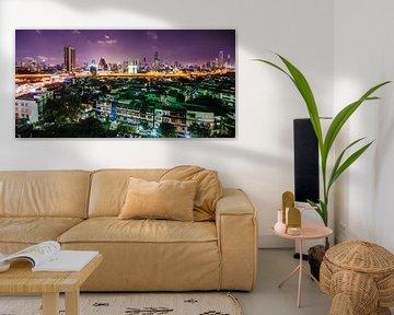 De Skyline van Bangkok in de nacht van Bliek Fotografie