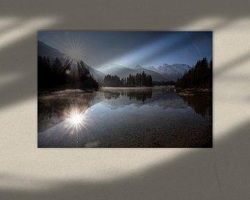 Sonnenaufgang am Isarstausee von Andreas Müller