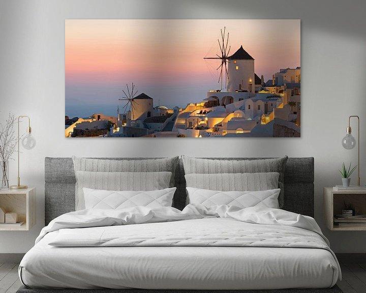 Sfeerimpressie: Gezicht op Oia, Santorini van Barbara Brolsma