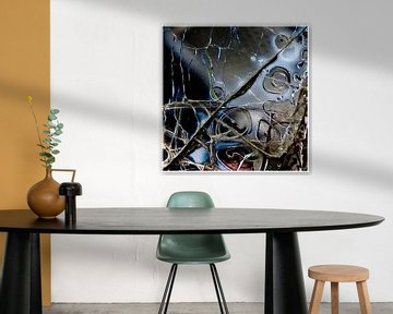Broken Glass 1 van Rob van der Pijll