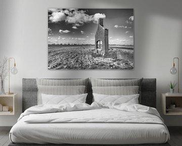Backsteinfassade eines Altbaus von Ruud Morijn