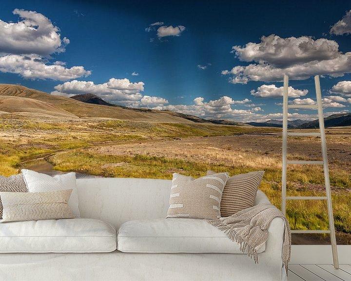 Sfeerimpressie behang: Yellowstone landschap van Ilya Korzelius