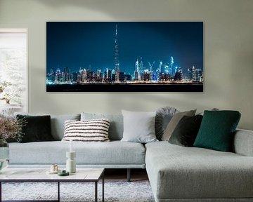 Dubai Skyline van Dennis Wierenga