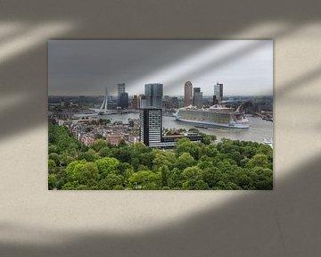 Harmony of the Seas in Rotterdam van MS Fotografie | Marc van der Stelt