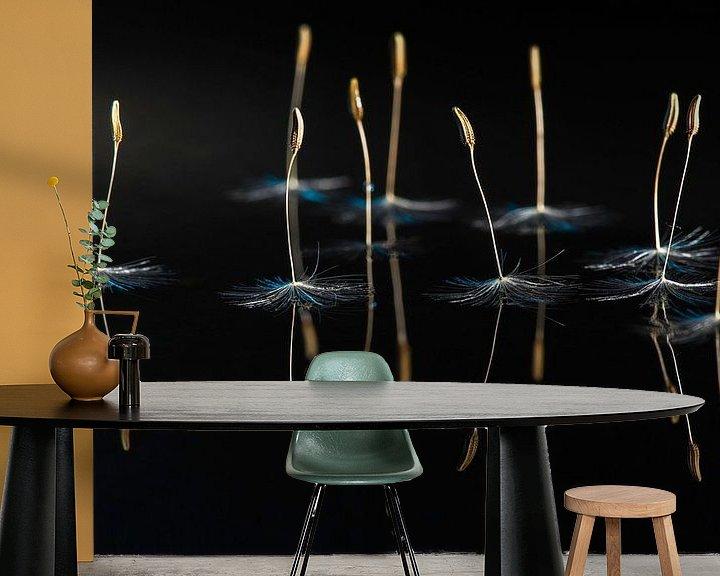 Sfeerimpressie behang: Dansende Ballerina's bij maanlicht van Gerry van Roosmalen