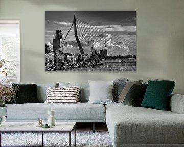 Erasmusbrug & Noordereiland in Rotterdam | Zwart-Wit sur Mark De Rooij