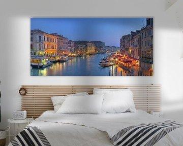 Grand Canal Venetie in de schemer van Rens Marskamp
