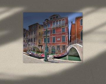 Gondels in Venetie von Rens Marskamp