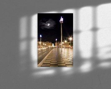 NICE Place Masséna & Moon van Melanie Viola