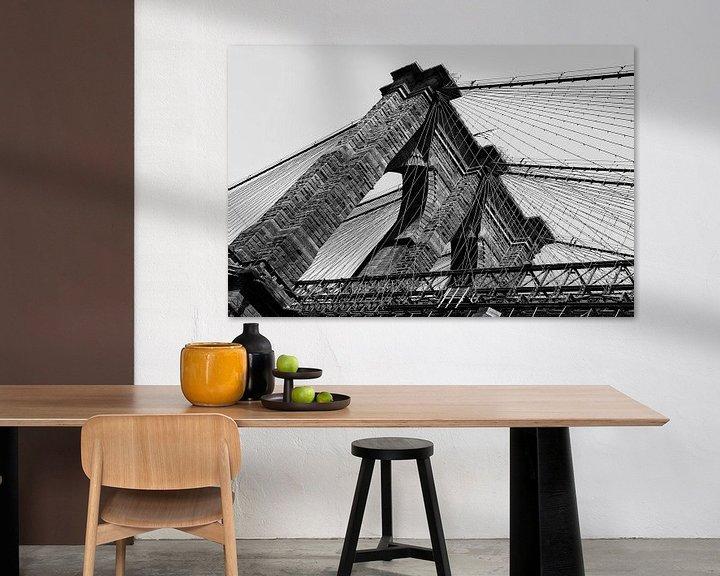 Sfeerimpressie: Brooklyn Bridge, New York (zwart-wit) van Mark De Rooij