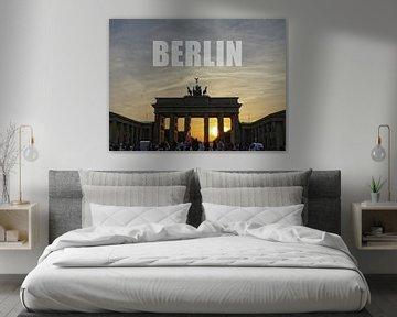BERLIN, zonsondergang bij de Brandenburger Tor. van Ralf Schroeer