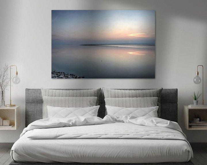 Sfeerimpressie: Zonsondergang boven het wad bij Morecambe van Frans Blok