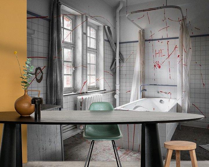 Beispiel fototapete: Fake bloody bathroom in abandoned hospital von Dennis Kuzee