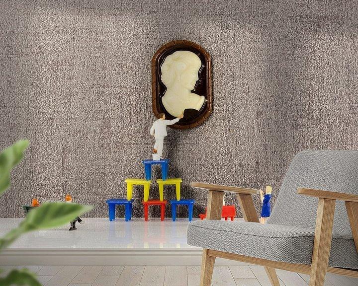 Sfeerimpressie behang: little people restaration museum art van Compuinfoto .