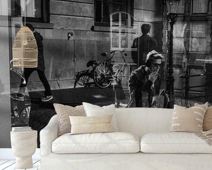Sfeerimpressie behang: Big Brother van Dutch StreetPhoto