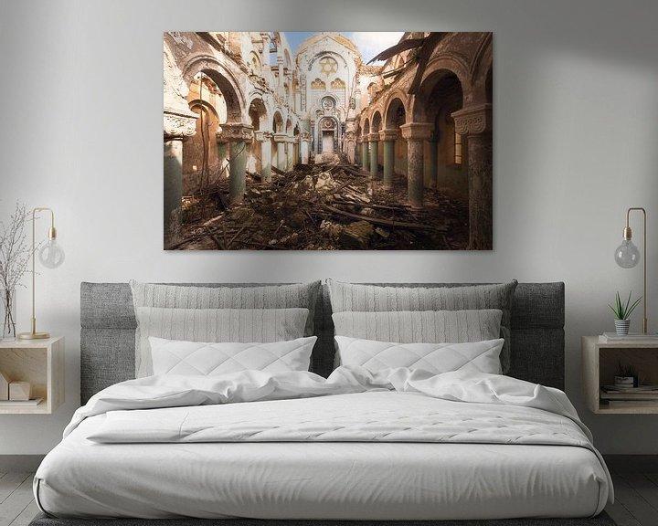 Sfeerimpressie: Verlaten Synagoge. van Roman Robroek