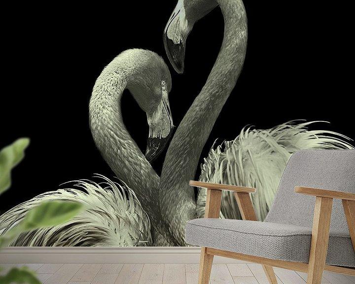 Sfeerimpressie behang: Flamingo Duo van Fons Bitter