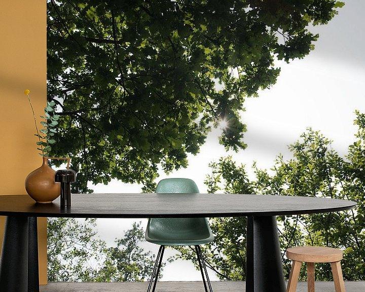Sfeerimpressie behang: Middag zonnetje. van Hans Krijnen