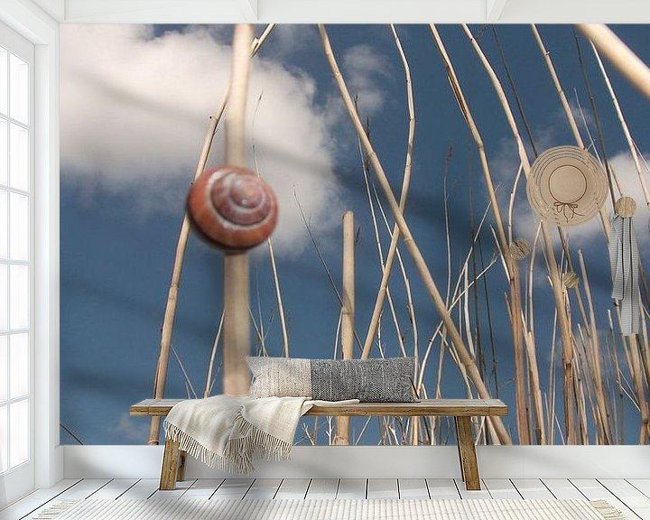 Sfeerimpressie behang: de slak, die Schlacke,  van Yvonne de Waal Malefijt