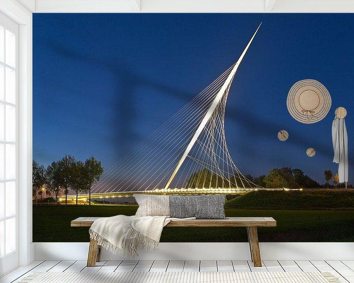 Sfeerimpressie behang: Calatravabrug - Harp 2/2 van Anton de Zeeuw