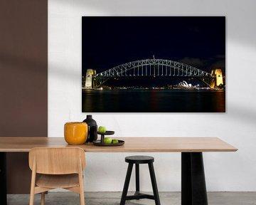 Sydney Skyline - Harbour bridge and Opera House van Wouter Mesker