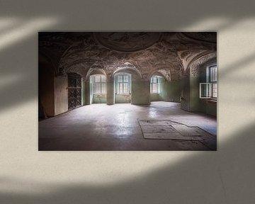 Decke in verlassenem Schloss von Roman Robroek