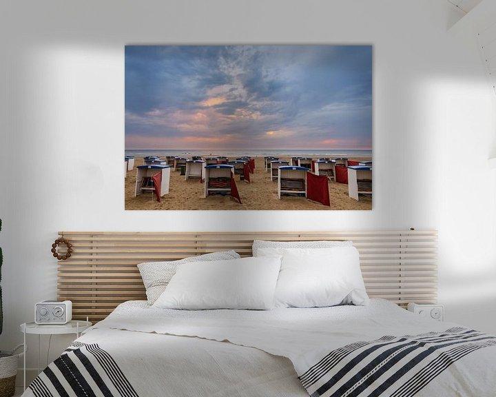 Sfeerimpressie: Strandhuisjes op het Strand van Katwijk van Martijn van der Nat