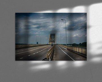 waalbrug nijmegen zomer 2016 van Groothuizen Foto Art