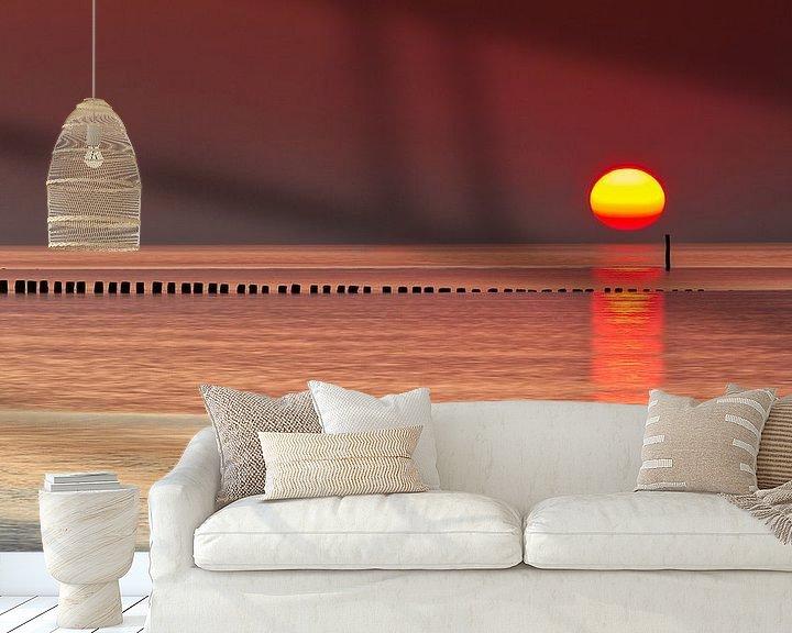 Sfeerimpressie behang: Zonsondergang ,aan zee strand Cadzand Zeeland Nederland van Twan van den Hombergh
