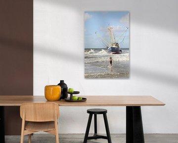Ameland/Bootje op het strand van Rinnie Wijnstra