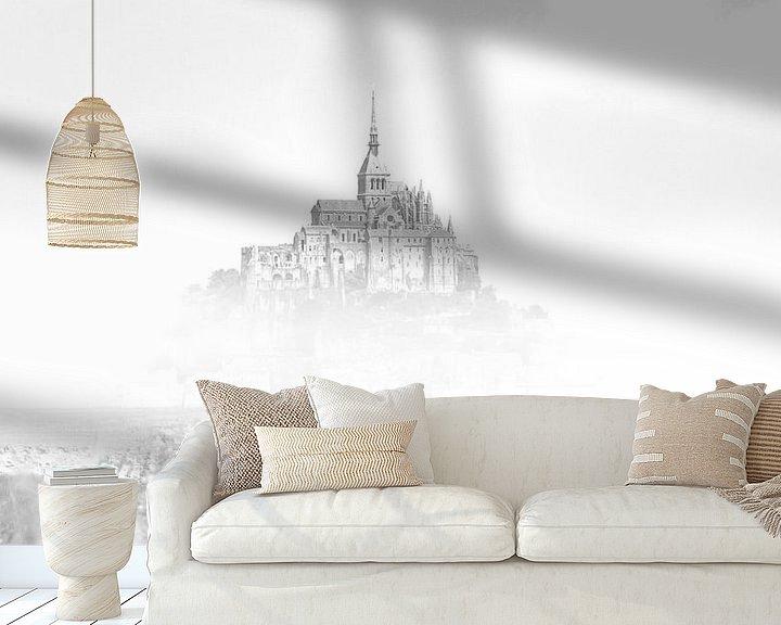 Sfeerimpressie behang: De Mont Saint-Michel Frankrijk Zwart wit van Rob van der Teen