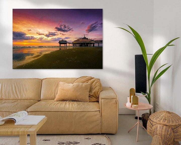 Sfeerimpressie: De Pier bij zonsondergang van Sandra Kuijpers