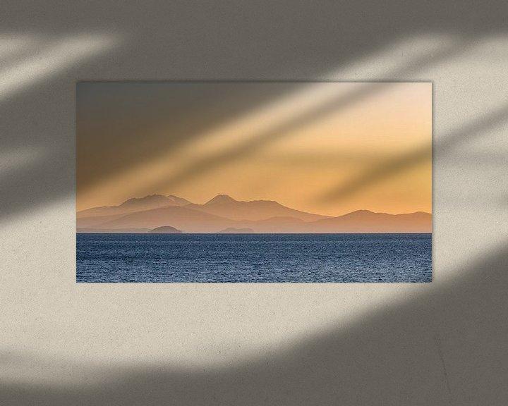 Sfeerimpressie: Zonsondergang boven Lake Taupo, Nieuw-Zeeland van Martijn Smeets