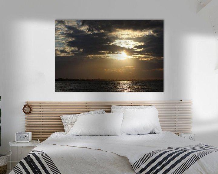 Sfeerimpressie: zonsondergang, sunset, wolken van Anja Kok