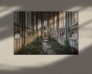 Eglise avec des plantes sur Perry Wiertz