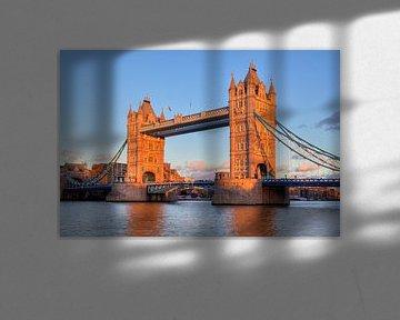 Tower Bridge in London von Jan Kranendonk