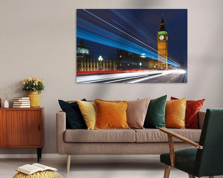 Sfeerimpressie: Lichtstrepen bij Big Ben 1/2 te Londen van Anton de Zeeuw