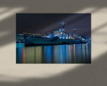 Photo de nuit du HMS Belfast à Londres sur Anton de Zeeuw