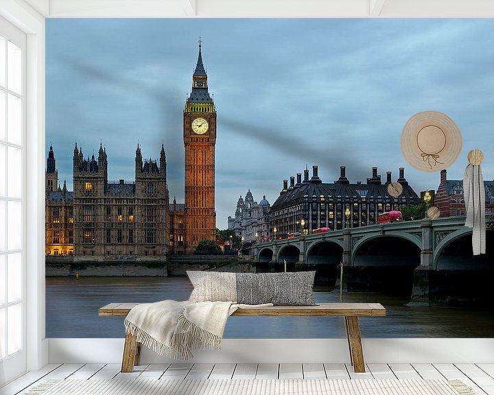 Sfeerimpressie behang: Nachtfoto Big Ben te Londen van Anton de Zeeuw