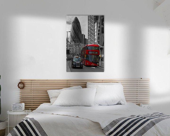 Sfeerimpressie: Londen bus en taxi zwart / wit van Anton de Zeeuw