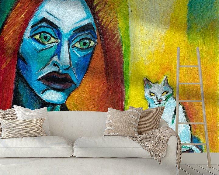 Sfeerimpressie behang: Girl With Cat (A la Kirchner) van Marina Coric
