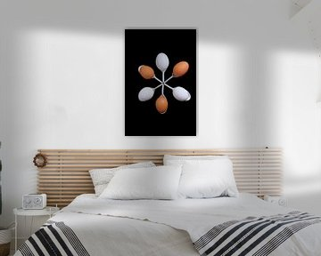 Een kring van eieren op een amuselepel
