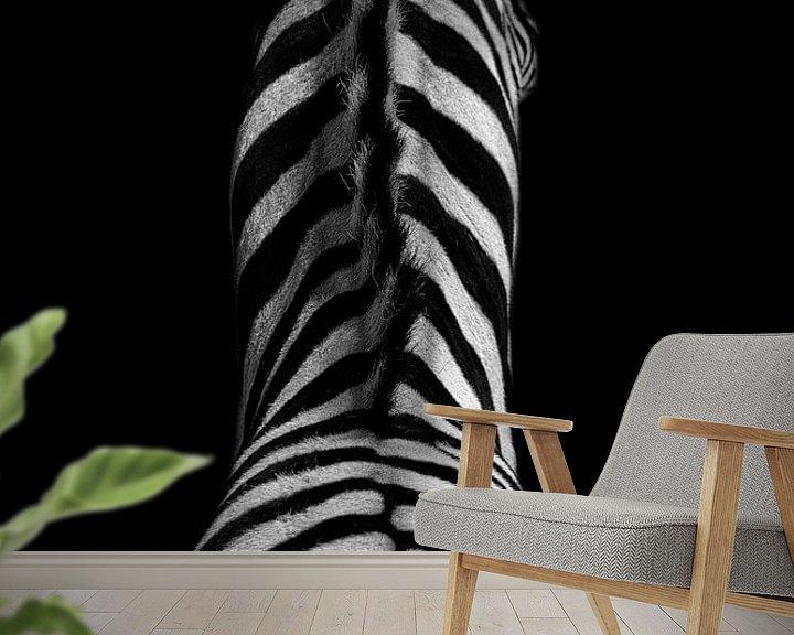 Sfeerimpressie behang: Zebra in zwart wit van peter reinders