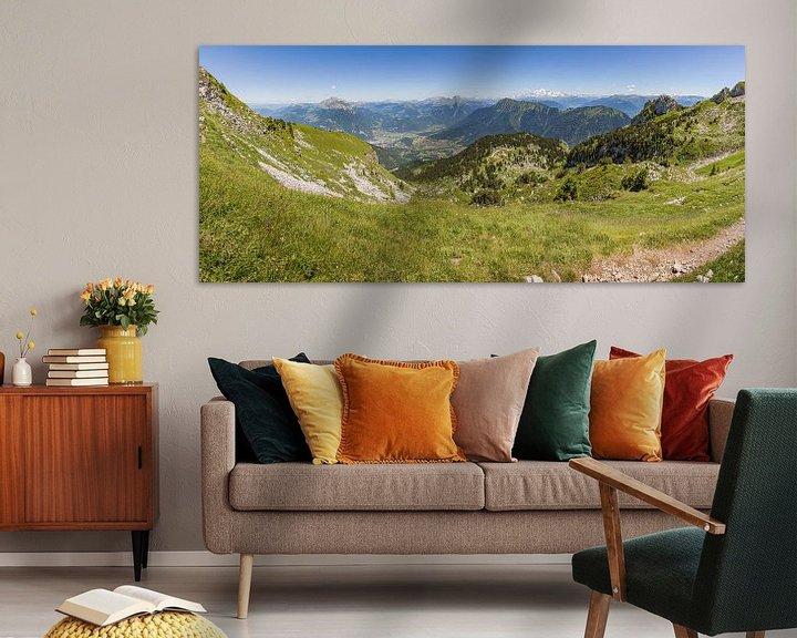 Sfeerimpressie: Panorama vanaf de Sambuy bij het meer van Annecy in de franse Alpen van Karel Pops